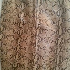 Saks Fifth Avenue Leather Snakeskin skirt Sz4